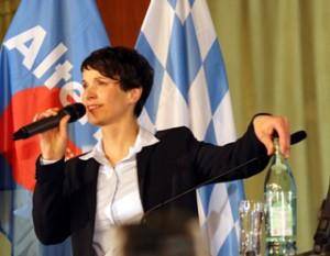 Frauke Petry, AfD-Vorsitzende, im Münchner Hofbräukeller